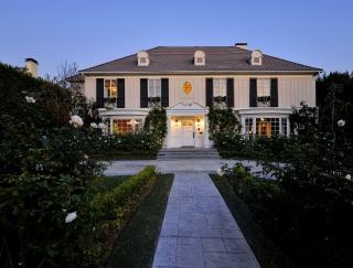 706 N Oakhurst Dr Beverly Hills CA 90210