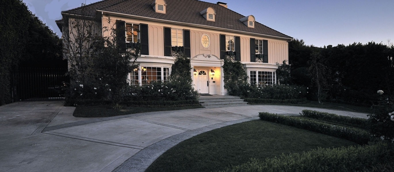 Beverly-Hills-Flats-Real-Estate-Beverly-Hills-Real-Estate-Luxury-Real-Estate-706-N-Oakhurst-70.