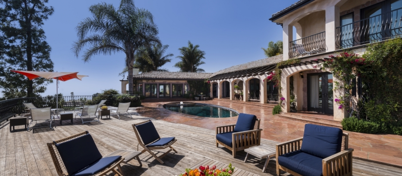 Malibu-Luxury-Real-Estate-Malibu-Poolside-Malibu-Mediterranean-Estate