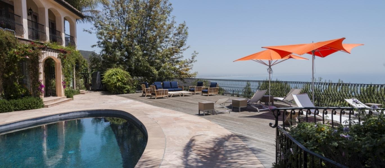Malibu-Luxury-Real-Estate-Malibu-Poolside-Malibu-Mediterranean-Estate-40