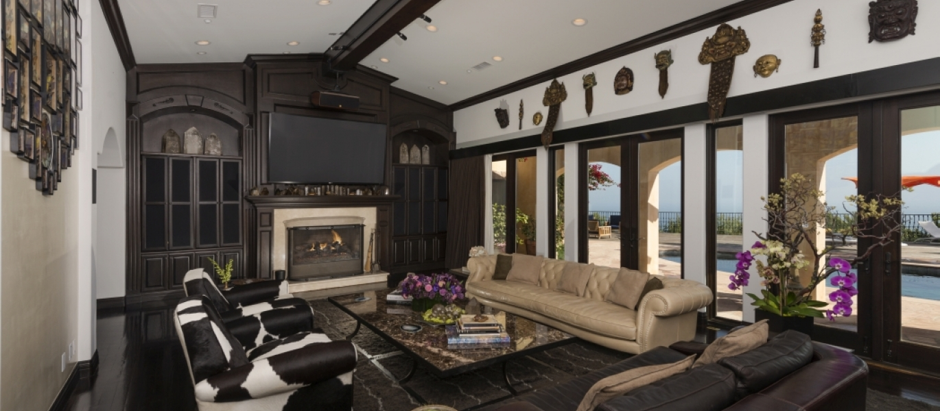 Malibu-Luxury-Real-Estate-Malibu-Poolside-Malibu-Mediterranean-Estate-8