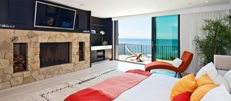 Malibu-Oceanfront-Real-Estate-Malibu-Beach-front-real-estate-Malibu-Beach-House-Malibu-Encinal-Bluffs-Malibu-Real-Estate-32852-Pacific-Coast-Hwy-40