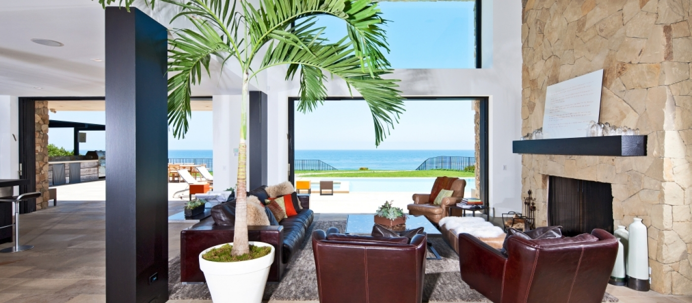 Malibu-Oceanfront-Real-Estate-Malibu-Beach-front-real-estate-Malibu-Beach-House-Malibu-Encinal-Bluffs-Malibu-Real-Estate-32852-Pacific-Coast-Hwy-6