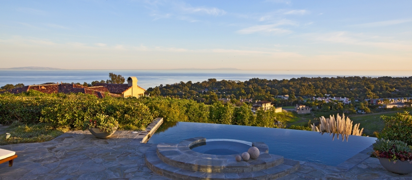 Malibu-Real-Estate-Malibu-Luxury-Real-Estate-Luxury-Estate-Ocean-View-Malibu-6225ZumirezDrive-28