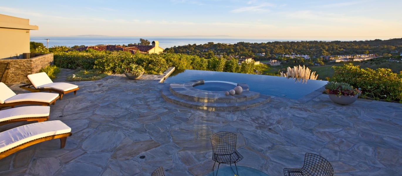 Malibu-Real-Estate-Malibu-Luxury-Real-Estate-Luxury-Estate-Ocean-View-Malibu-6225ZumirezDrive-2
