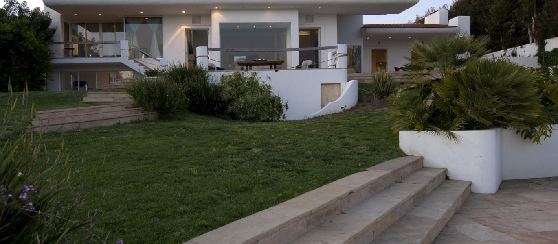 large-Malibu-Luxury-Real-Estate-Malibu-Bluff-Estate-Malibu-Ocean-View-Estate-Ocean-View-Home-Malibu-Real-Estate-24834-PCH-6